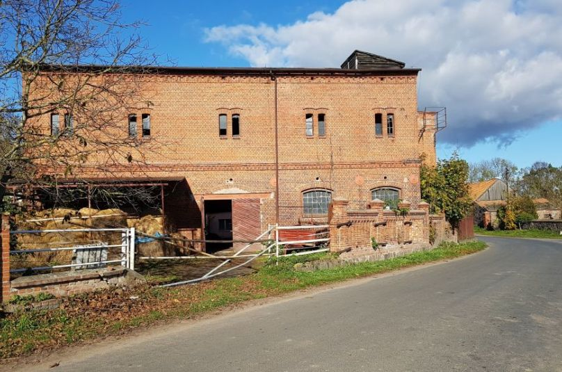 Obiekt sprzedaż Dębno, Warnice, 950 m<sup>2</sup>