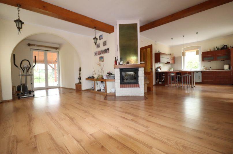 Dom sprzedaż Krzeszyce, 5 pokoi, 200 m<sup>2</sup>
